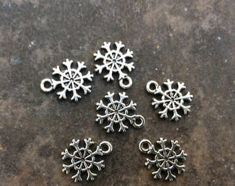 Small Snowflake charms Package of 6 antique silver highly detailed charms double sided Christmas Charms great for Adjustable Bangle bracelet