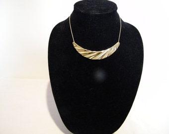Vintage Trifari Goldtone Cresent Choker Necklace