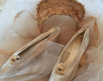 Sold!! Please do not purchase!Antique  Silk Wedding Shoes Rosettes