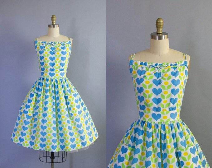 1950s Hearts and Flowers Novelty Print Sundress/ Medium (36b/27w)
