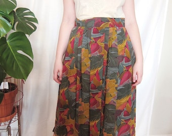 Vintage Floral Printed Midi Skirt // Small, Medium, 6-8 // women's, green, red, yellow, graphic, mid-length, boho, bohemian