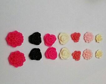 14pc Mixed Floral Cabochon Set