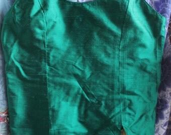green silk bodice withslender straps REF 492