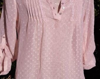 Beautiful sheeer peach vintage blouse, lace detail, size uk 12-14, usa 10-12, chic, boho,