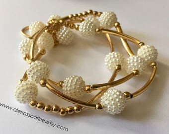 White honeycomb bracelet set with gold fill connectors and beads / Pulseras panal color blanco con separadores de chapa de oro