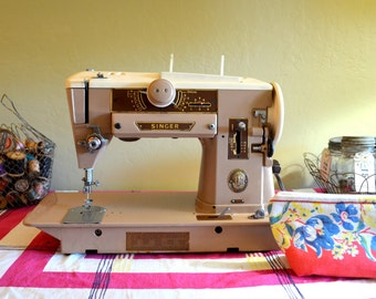 Vintage Singer Sewing Machine, 1957 Singer 401A Slant-O-Matic, Cleaned, Oiled and Tested, Gorgeous!