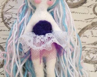 Midinette candy, rag doll, little lady, felt doll