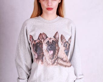 Vintage 80s grey sweatshirt with a big front animal print // wolf dogs print // 80s vintage sportswear