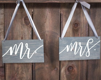 Chair Signs - Wedding Chair Signs - Mr & Mrs Chair Signs - Wooden Chair Signs - Mr and Mrs Signs for Wedding Chairs - Wedding Signs