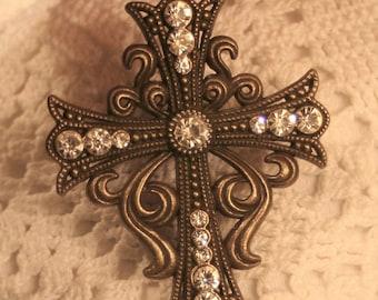 Swirled Curly-Cue Starburst Aura White Clear Rhinestones Pectoral Cross Brasstone Pendant Necklace
