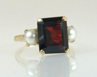Vintage Estate 14K Yellow Gold 5.00ct Garnet & 5.3mm Pearl Ring 5.4g