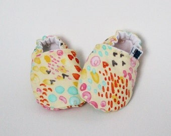 Baby slippers, Crib shoes, Yellow, Pink, Orange, Blue, Spring, Flannel, Cotton, Soft soles, Moccasins, Toddler, Shower gift idea, Newborn