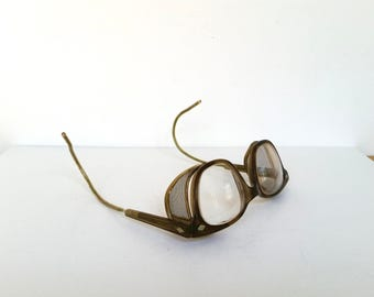 Vintage Safety Glasses . Industrial Eye Glasses . Mesh Side Protectors . Goggles . Nerd Geek . Steampunk Glasses