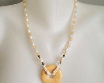 Agate doughnut pendant necklace  Fresh-water pearl necklace  Pearl agate necklace
