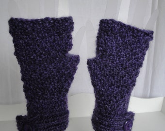 purple texting mitts, fingerless gloves, knitted handwarmers, button cuff mittens, luxury pure wool, handspun wool mitts, violet wristwarmer