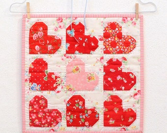 PDF Quilt Pattern - Tiny Hearts