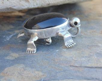 Sensa Eustace ~ Zuni Sterling Silver and Onyx Turtle / Tortoise Pendant / Brooch