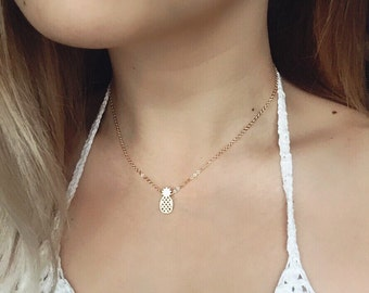 Gold Pineapple Necklace / Dainty Pineapple Layering Necklace / Gold Pineapple Choker / Tropical Fruit Necklace