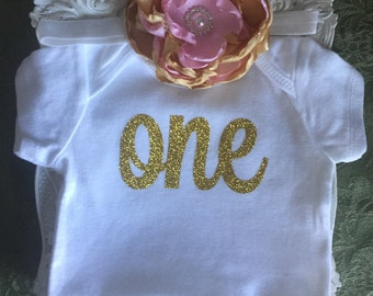 Gold Birthday One Onesie, One Bodysuit, Birthday Onesie, Birthday Bodysuit, First Birthday, Gold Glitter Onesie, First Birthday Outfit