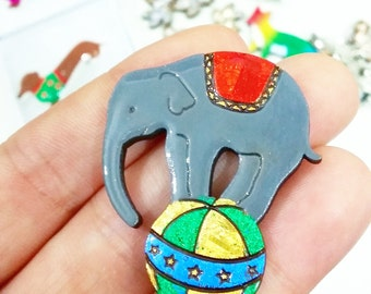 circus elephant // kawaii brooch