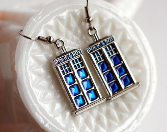 Doctor Who inspired TARDIS earrings, Police Box dangle earrings, Whovian Jewelry, gifts for Doctor Who fans