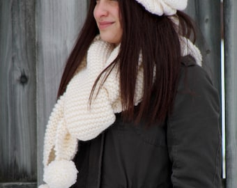 knit, chunky beanie, slouch hat, hand knit, large pompom
