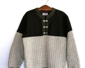 Vintage Norwegian Sweater by SCORE DESIGN Size L Scandinavian Folk Sweater Nordic pattern Sweater Wool  Sweater green and white Sweater
