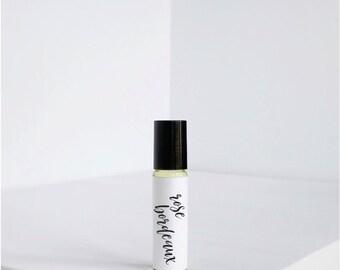 Rose Bordeaux - Natural Perfume - Vegan Perfume - Perfume oil - Gift - Roller Ball Perfume