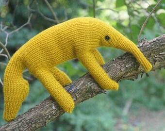 Yellow anteater / yellow anteater