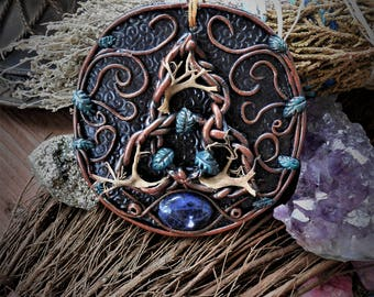 Triquetra Holy Trinity Altar Hanging Tile with Sodalite Centerpiece Witchcraft/Wiccan/Pagan