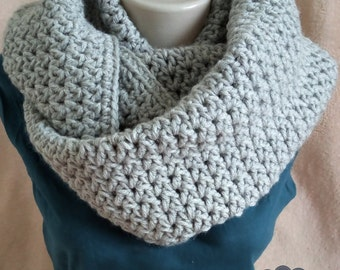 SALE - 30%/ Many colors/ Crochet Infinity Scarf/ Chunky Knit Scarf/ Knit infinity scarf/ chunky knit scarf/ circle scarves