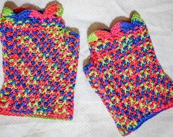 Liz Crocheted Hat and Gloves Set