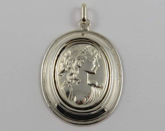 Sterling Silver Oval Cameo of a Woman Pendant
