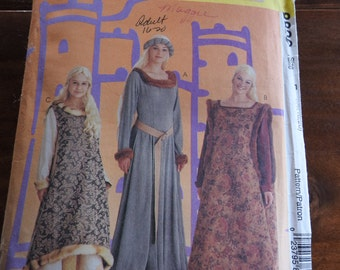 McCalls 8826 Women's Vintage Medieval Gowns Costume Sewing Pattern
