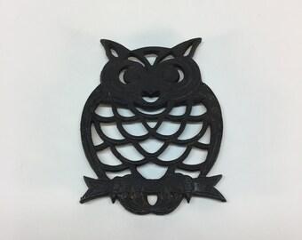 Cast iron owl trivet