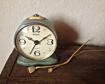 Vintage alarm clock | Etsy
