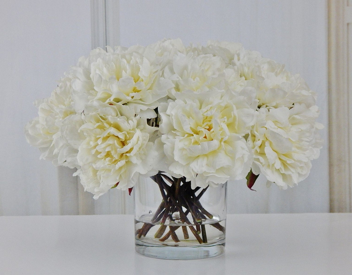 Large white peonypeonies silk modern floral arrangement large white peonypeonies silk modern floral arrangement glass vase faux water acrylicillusion real touch flowers centerpiece dhlflorist Images