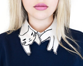 Cat Shaped Detachable Embroidered Peter Pan Lapel Fake Collar/Half Shirt