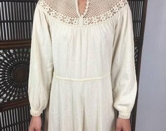Vtg 70s gauze crochet dress boho hippie small