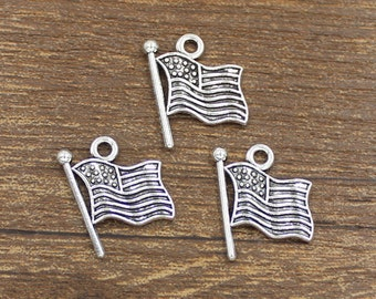 30pcs American Flag Charms Antique Silver Tone 17x18mm - SH280