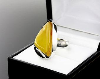 Unique Ring, Yellow Stone Ring, Yellow Stone Unique Ring, Sterling Silver Unique Ring, Sterling Silver Stone Ring, Ring Size 7, Stone Ring