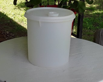 Jumbo White Tupperware Canister Container with Pour spout and Lid