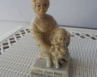 Gift for Grandmother Vintage 1971 Love That's What Gransmas Are Made Of Motto Figurine Sillisculpt R & W Berries Co's 9019      1307