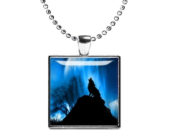 Howling Wolf Necklace Wild Wolf Square Pendant Wolf Jewelry Animals