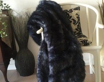 Siberian Black/Blue Faux Fur Blanket/Throw