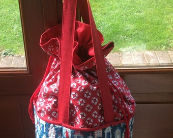 Large Red Beach Bag. Quilted Tote. Handmade. Beach Huts.Quilted Beach Bag.Gift.Shoulder Bag. Unique.Drawstring Bag Tote.
