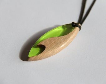 Pendant / Necklace in wood and green resin