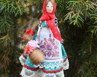 Miniature doll  Christmas decoration  Toy on the Christmas tree Keychain Girl Collectible Miniature  Doll pendant