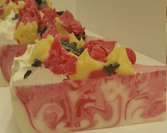 Raspberry Vanilla Cake Slice