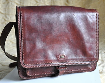 Vintage brown leather messenger bag, 70s / 80s leather crossbody bag, vintage boho bag